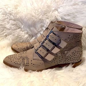 Steven Madden ankle boots with buckles